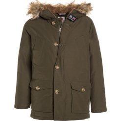 Kurtki chłopięce: American Outfitters Płaszcz zimowy dark olive