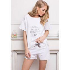 Damska piżama Princess. Szare piżamy damskie marki Astratex, z nadrukiem, z bawełny, z krótkim rękawem. Za 99,89 zł.
