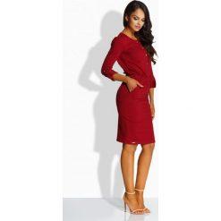 Dopasowana sukienka ze złotymi guzikami bordo LILLIAN. Czerwone długie sukienki Lemoniade, na co dzień, z długim rękawem, dopasowane. Za 119,00 zł.