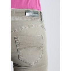 Freeman T. Porter CORALIE Jeansy Slim Fit gun metal. Niebieskie jeansy damskie marki Freeman T. Porter. W wyprzedaży za 303,20 zł.