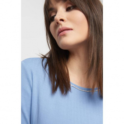 Prążkowany sweter z lamówką. Szare swetry klasyczne damskie marki Orsay, xs, z dzianiny, z okrągłym kołnierzem. Za 59,99 zł.