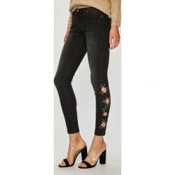 Only - Jeansy Kendell. Czarne jeansy damskie marki ONLY, l, z materiału, z kapturem. W wyprzedaży za 179,90 zł.