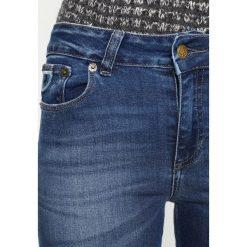 LOIS Jeans CORDOBA Jeans Skinny Fit stone wash. Czarne jeansy damskie marki LOIS Jeans, z bawełny. W wyprzedaży za 229,50 zł.