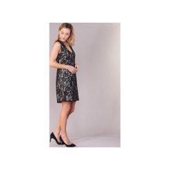 Sukienki krótkie Benetton  BOULODERI. Czarne sukienki hiszpanki Benetton, l, z krótkim rękawem, mini. Za 188,30 zł.
