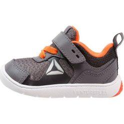 Buty sportowe chłopięce: Reebok VENTUREFLEX STRIDE 5.0 Obuwie treningowe ash grey/black/bright light