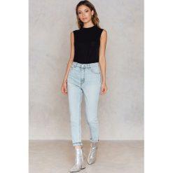 Cheap Monday Jeansy Donna Beach Blue - Blue. Niebieskie spodnie z wysokim stanem Cheap Monday, z podwyższonym stanem. W wyprzedaży za 73,58 zł.