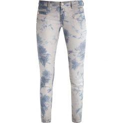 Freeman T. Porter ALEXA CROPPED  Jeansy Slim fit original. Szare jeansy damskie Freeman T. Porter. W wyprzedaży za 227,40 zł.