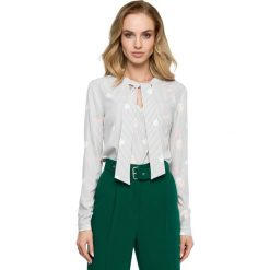 Elegancka Wzorzysta Bluzka z Wiązaniem - Model 2. Szare bluzki asymetryczne Molly.pl, l, w jednolite wzory, z tkaniny, eleganckie, dekolt w kształcie v, z długim rękawem. Za 105,90 zł.