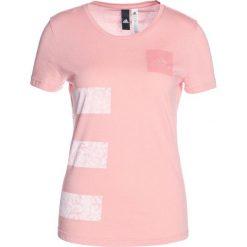 Adidas Performance THREE STRIPES  Tshirt z nadrukiem trace pink. Czerwone topy sportowe damskie marki adidas Performance, m. Za 129,00 zł.