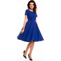 Sukienki: Niebieska Rozkloszowana Sukienka z Podkreśloną Talią