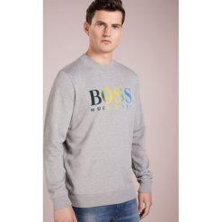 BOSS CASUAL WAILES Bluza light pastel grey. Szare bluzy męskie BOSS Casual, m, z bawełny. Za 539,00 zł.