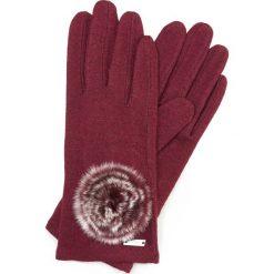 Rękawiczki damskie 47-6-101-2T. Czerwone rękawiczki damskie marki Wittchen, z wełny. Za 59,00 zł.