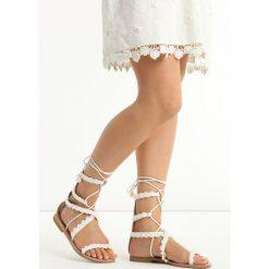 Białe Sandały Passionate. Białe sandały damskie Born2be, z materiału, na obcasie. Za 79,99 zł.