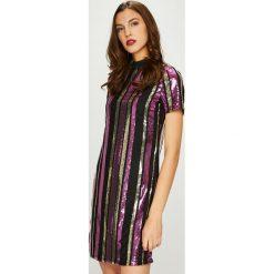 Noisy May - Sukienka Tilda. Szare sukienki mini marki Noisy May, na co dzień, m, z poliesteru, casualowe, proste. W wyprzedaży za 199,90 zł.