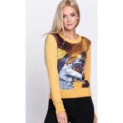 Żółta Bluza Photo Essay. Żółte bluzy z nadrukiem damskie Born2be, l, z satyny, z długim rękawem, długie. Za 29,99 zł.