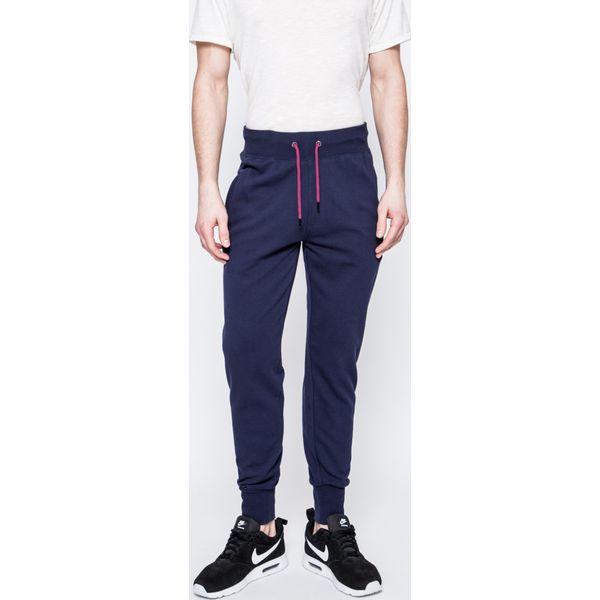 74a4b1f205ed3 Guess Jeans - Spodnie - Szare jeansy męskie z dziurami marki Guess Jeans
