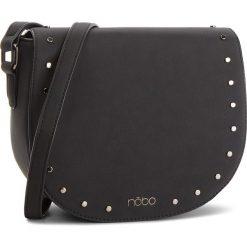 Torebka NOBO - NBAG-F1000-C020 510. Czarne listonoszki damskie marki Nobo, ze skóry ekologicznej, zdobione. W wyprzedaży za 139,00 zł.