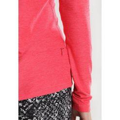Puma RUN HOODED Koszulka sportowa paradise pink heather. Pomarańczowe topy sportowe damskie marki Puma, xl, z elastanu. W wyprzedaży za 224,25 zł.