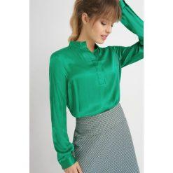 Bluzki damskie: Bluzka koszulowa z satyny