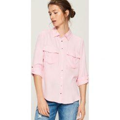 Koszula z kieszeniami - Różowy. Czerwone koszule wiązane damskie Sinsay, l. Za 59,99 zł.