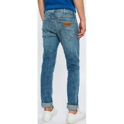 Wrangler - Jeansy Spencer. Niebieskie jeansy męskie slim marki House, z jeansu. Za 329,90 zł.