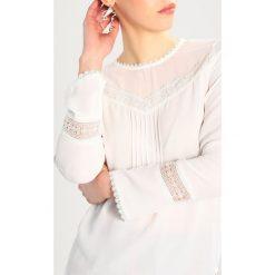 Warehouse LACE BOX PLEAT TOP Bluzka ivory. Białe bluzki damskie marki Warehouse, z materiału. Za 209,00 zł.