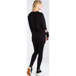 Bluzy rozpinane damskie: Supermom Bluza black