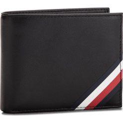 Duży Portfel Męski TOMMY HILFIGER - Corp Edge Mini Cc Wa AM0AM03661 002. Czarne portfele męskie marki TOMMY HILFIGER, ze skóry. W wyprzedaży za 179,00 zł.