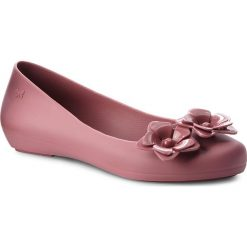 Baleriny ZAXY - Flower Fem 82529 Pink 16334 BB285003 02064. Czerwone baleriny damskie Zaxy, z tworzywa sztucznego. W wyprzedaży za 149,00 zł.