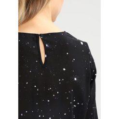Bluzki asymetryczne: KIOMI STAR BLOUSE Bluzka black