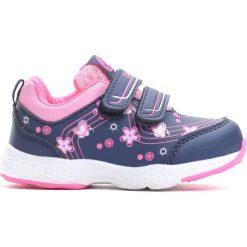 Granatowe Buty Sportowe Singsong. Różowe buciki niemowlęce marki Born2be, z okrągłym noskiem, na obcasie, na rzepy. Za 69,99 zł.