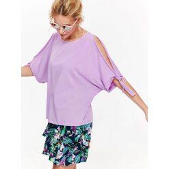 BLUZKA KRÓTKI RĘKAW Z KRÓTKIM RĘKAWEM. Szare bluzki asymetryczne Top Secret, eleganckie, z krótkim rękawem. Za 29,99 zł.