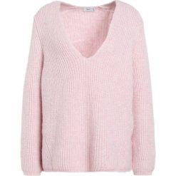 Swetry klasyczne damskie: CLOSED Sweter candy