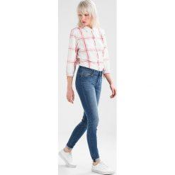 Boyfriendy damskie: JDY JDYFLORENCE  Jeans Skinny Fit medium blue