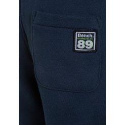 Bench BRANDED  Spodnie treningowe dark navy blue. Szare jeansy chłopięce marki Bench, z kapturem. Za 129,00 zł.