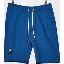 Materiałowe szorty - Niebieski. Niebieskie szorty męskie marki Cropp, z materiału. W wyprzedaży za 39,99 zł.
