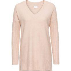 Sweter z dekoltem w serek bonprix matowy beżowy. Brązowe swetry klasyczne damskie bonprix, z dekoltem w serek. Za 79,99 zł.