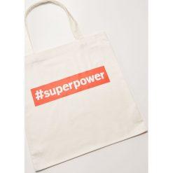 Materiałowa torba z hasztagiem - Biały. Białe torebki klasyczne damskie House, z materiału. Za 15,99 zł.