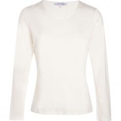 """Koszulka """"Soie"""" w kolorze kremowym. Białe bluzki z odkrytymi ramionami Scottage, klasyczne, z okrągłym kołnierzem, z długim rękawem. W wyprzedaży za 68,95 zł."""