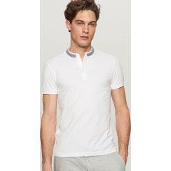 Odzież męska: Koszulka polo z ozdobnym detalem - Biały