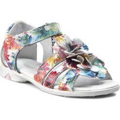Sandały dziewczęce: Sandały KORNECKI – 03179 M/Kwbiały/S