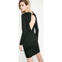 Answear - Sukienka Twilight. Szare długie sukienki ANSWEAR, l, z elastanu, eleganckie, z okrągłym kołnierzem, z długim rękawem, dopasowane. W wyprzedaży za 69,90 zł.