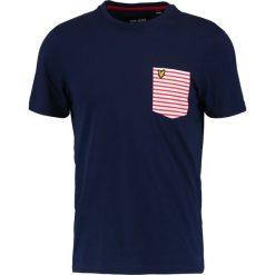 T-shirty męskie z nadrukiem: Lyle & Scott STRIPE POCKET Tshirt z nadrukiem dark blue
