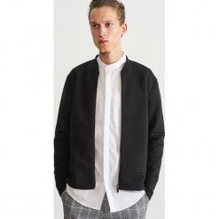 Rozpinana bluza ze stójką - Czarny. Czarne bluzy męskie rozpinane marki Reserved, l, z kapturem. Za 139,99 zł.