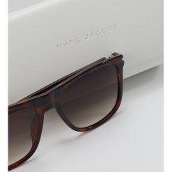 Marc Jacobs MARC Okulary przeciwsłoneczne havana black. Brązowe okulary przeciwsłoneczne damskie wayfarery Marc Jacobs. Za 589,00 zł.