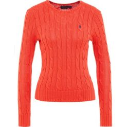 Polo Ralph Lauren JULIANNA Sweter tomato. Czerwone swetry klasyczne damskie Polo Ralph Lauren, l, z bawełny, polo. Za 589,00 zł.