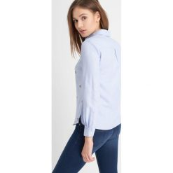 Odzież damska: Koszula ze wzorem z przodu