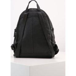 18b4470c0feea W wyprzedaży za 440 Liebeskind Berlin LOTTA Plecak black. Czarne plecaki  damskie Liebeskind Berlin. W wyprzedaży za 440
