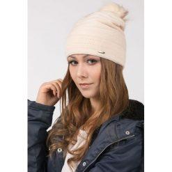 Czapki zimowe damskie: Prążkowana czapka z pomponem II