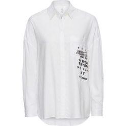 Długa bluzka bonprix biało-czarny z nadrukiem. Białe bluzki asymetryczne bonprix, z nadrukiem, z długim rękawem. Za 37,99 zł.